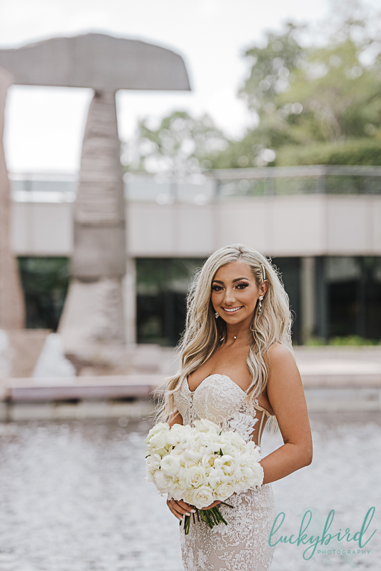renaissance toledo wedding photo of bride