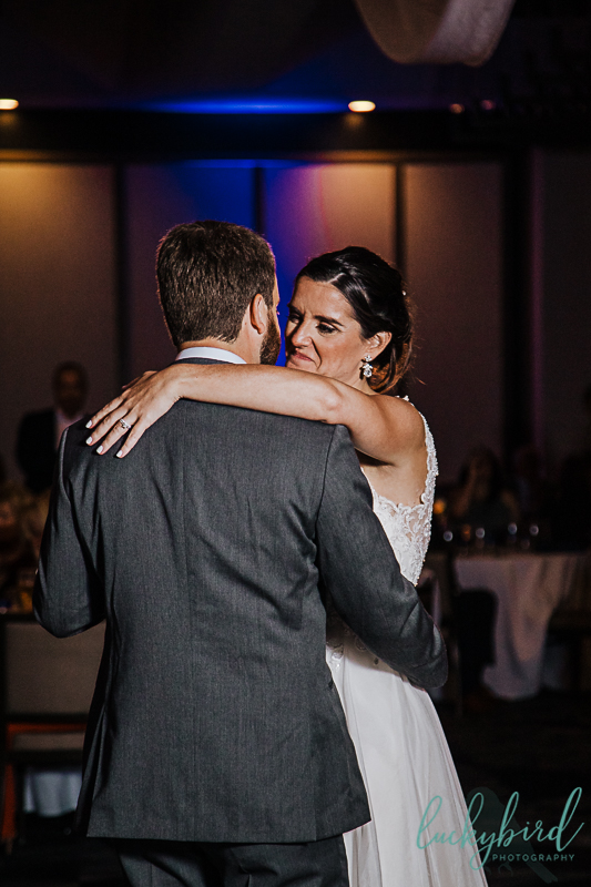 dancing-at-renaissance-toledo-wedding