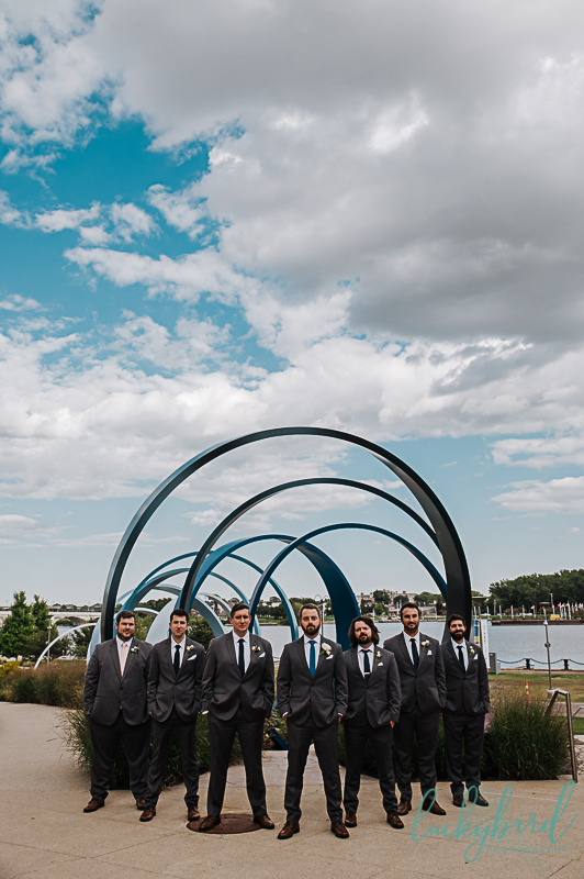 promenade-park-wedding-photo-of-groomsmen
