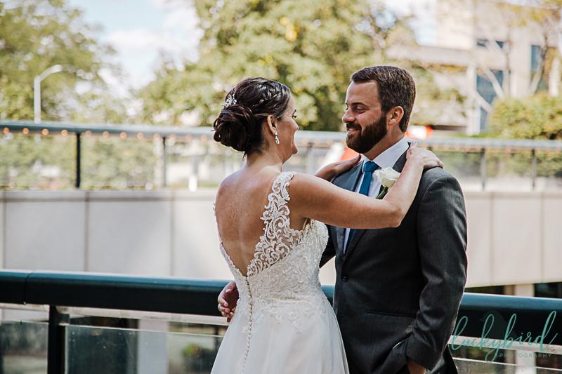 renaissance-downtown-toledo-first-look-wedding-photos