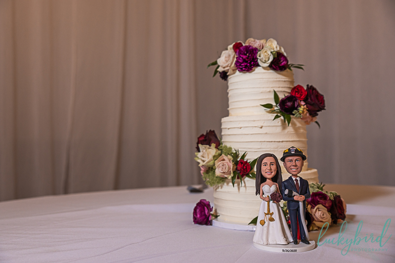 wedding-cake-by-crowned-cakes-by-jess