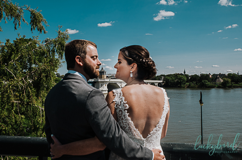 wedding-photos-at-renaissance-toledo