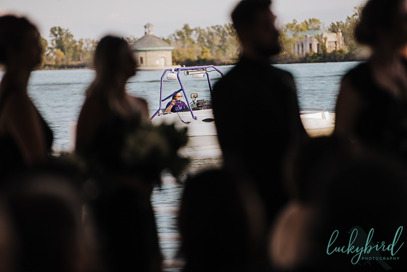 candid-wedding-ceremony-photo-roostertail