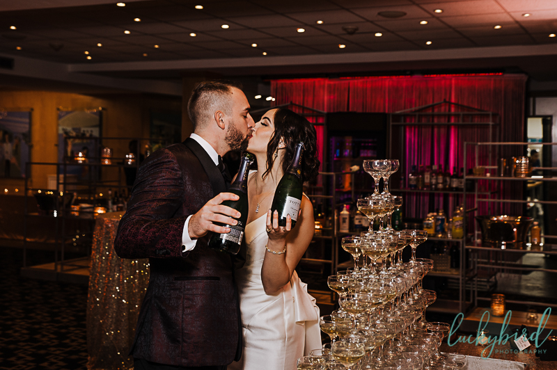 kissing-photo-at-roostertail-wedding-reception