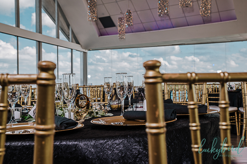 wedding-reception-photos-of-roostertail-in-downtown-detroit